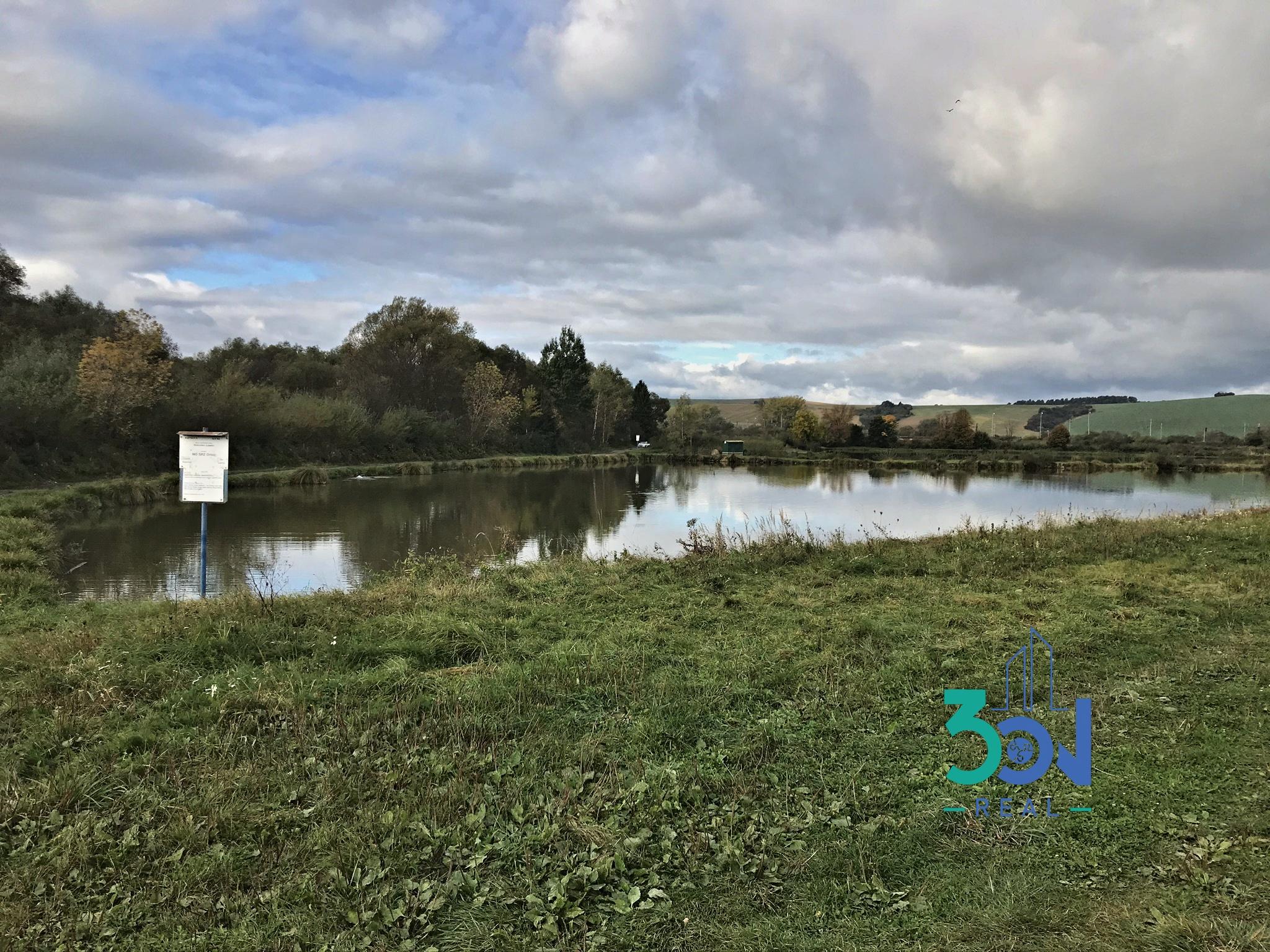 Pozemok na výstavbu – rybník Štrkovisko Ľubotín